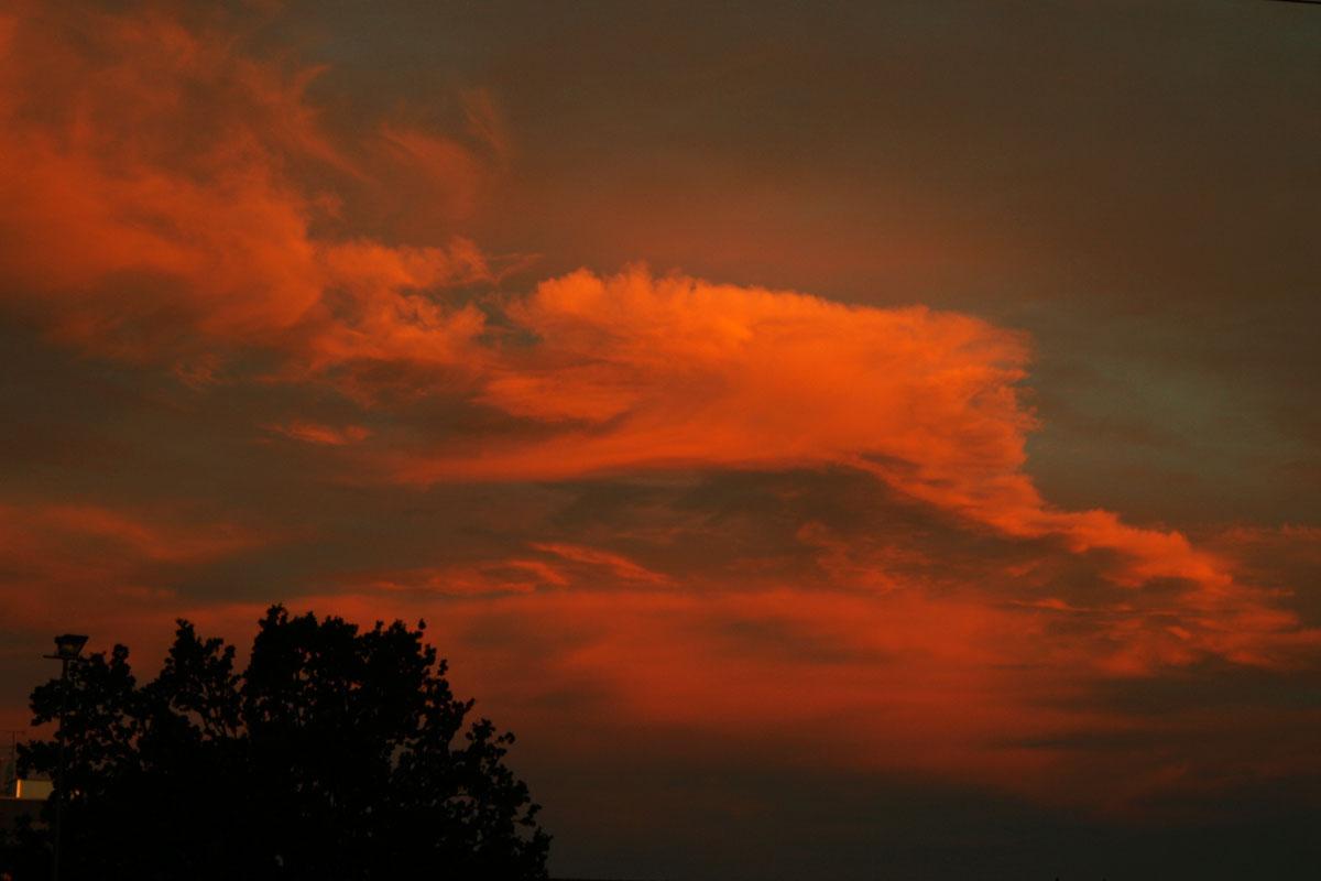 24. September 2012 Sonnenaufgang Wolken im Westen