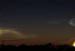 4. Juli 2014: Leuchtende Nachtwolken über Kaufering