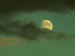 25.11.2012 Mond aus der freien Hand