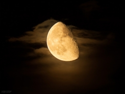 28. Juli 2013 Mondaufgang bei 65% abnehmend