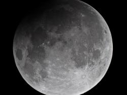 25. April 2013: partielle Mondfinsternis