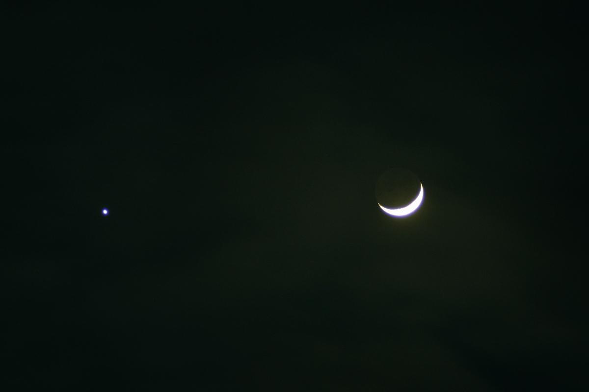 25. Februar 2012 Mond bei Venus