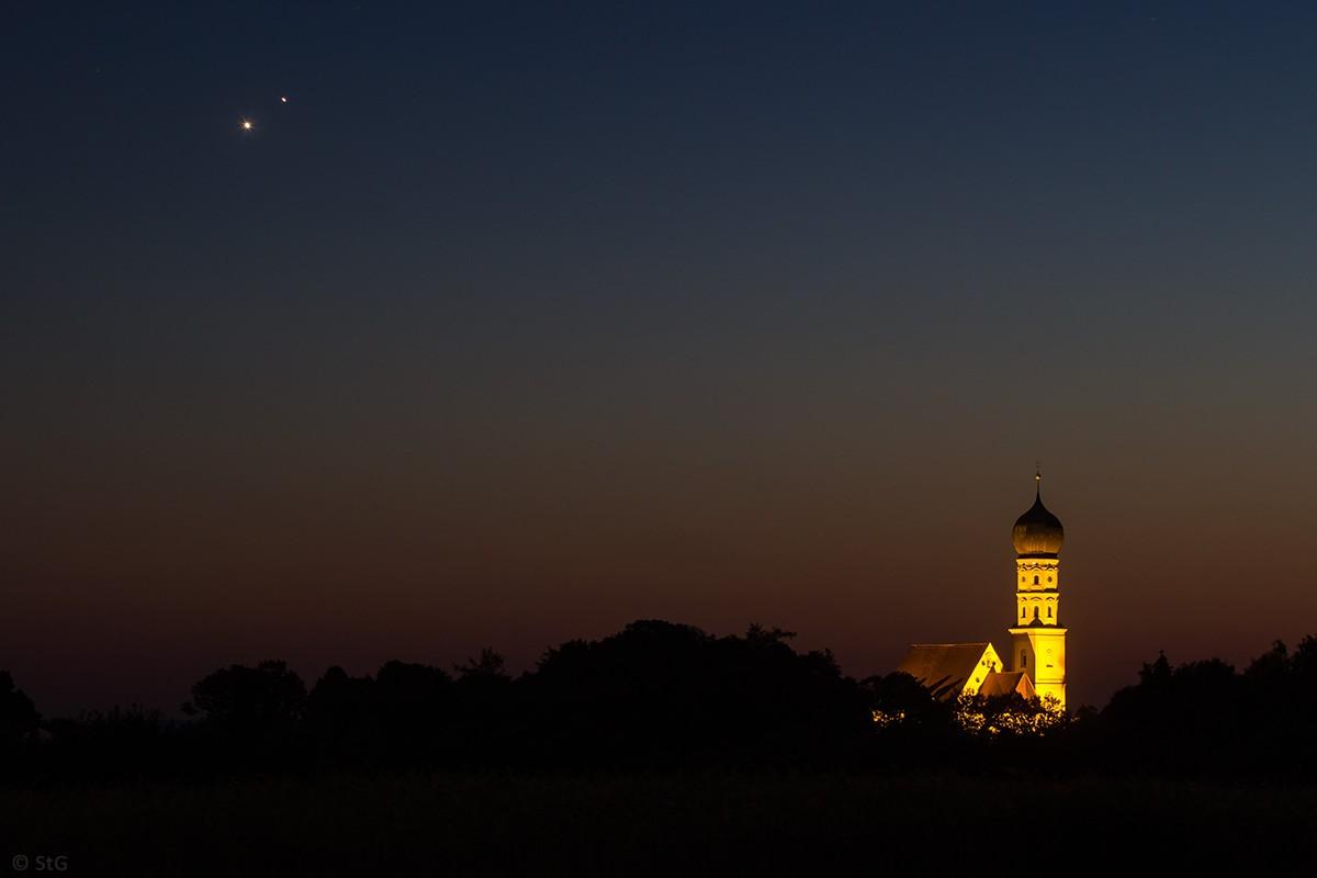 1. Juli 2015: Konjunktion von Venus und Jupiter