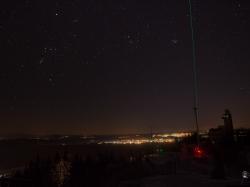 Wetterwarte bei Nacht